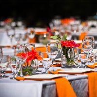 Оранжевое оформление свадьбы