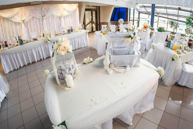 Белая свадьба. Оформление зала.