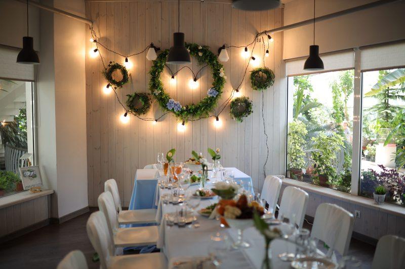 15 июня (кафе «Оранжерея»)