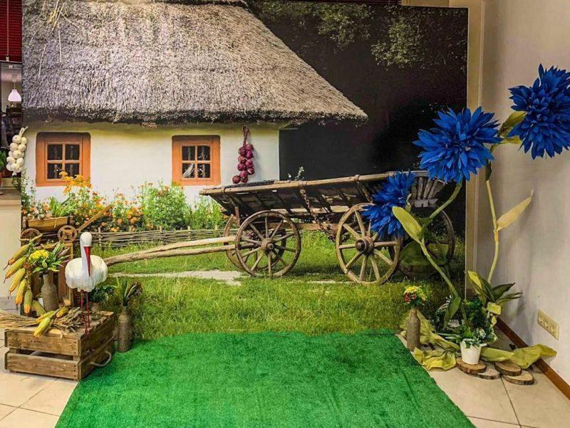 Фотозона в стиле «Сельская жизнь» для компании Altoros